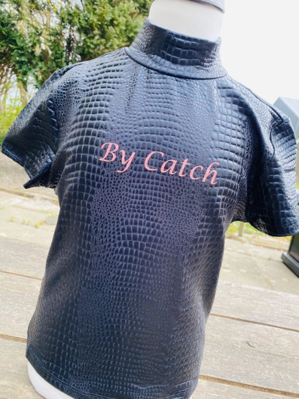 By Catch Black Snake korte mouw